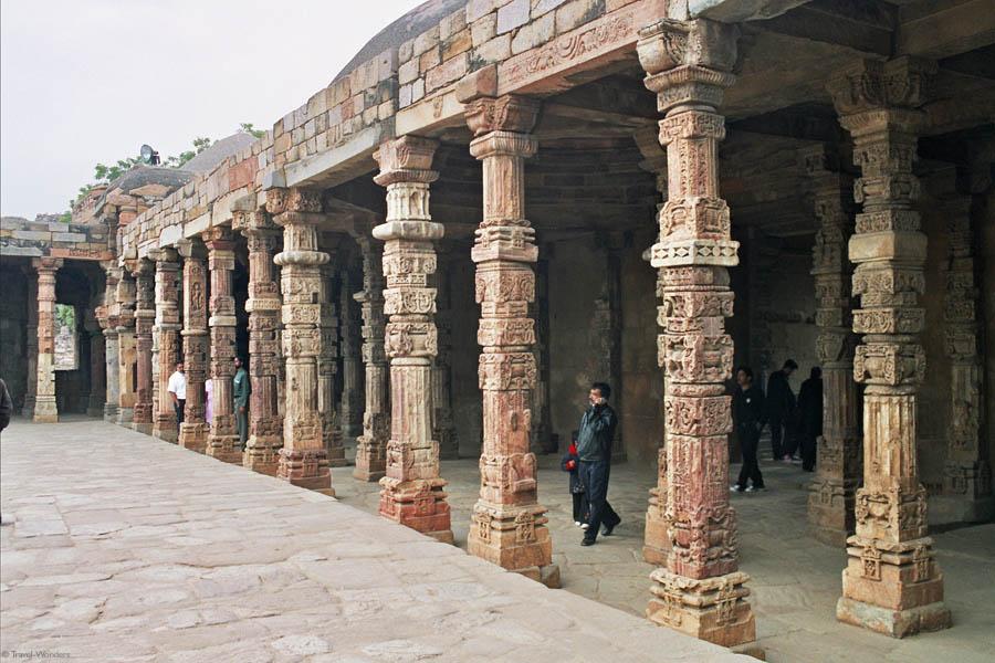 Qutub Minar Complex Temple 1