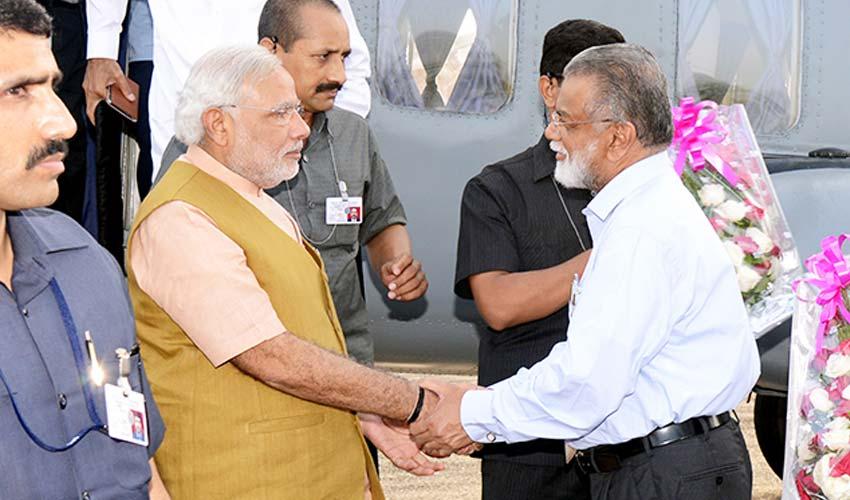 Prime Minister Narendra Modi congratulates ISRO scientists