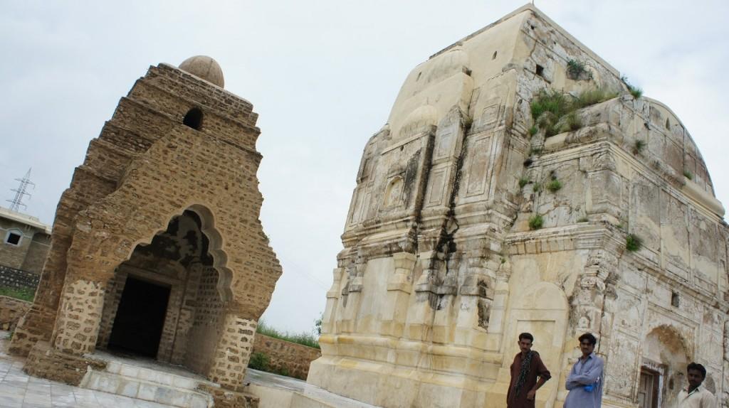 Sat Ghara Temple