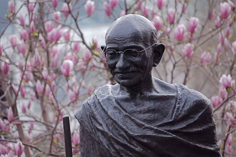 Indian diaspora doubts British sincerity on Gandhi statue