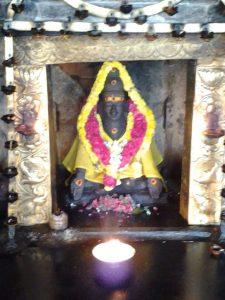 1277-the-statue-of-mahan-sri-karuvurar-siddhar-inside-the-temple