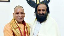 Yogi Adityanath with ravishankar