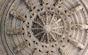 Ranakpur-Jain-Temple-13[2]