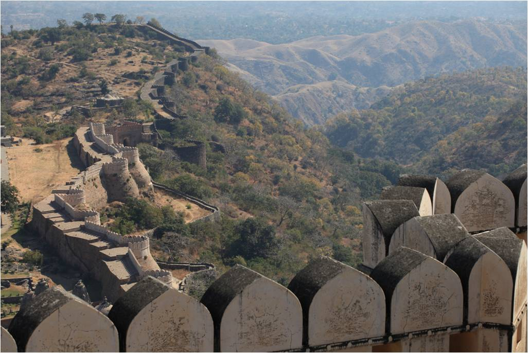 Kumbhalgarh+great+wall+of+India+24