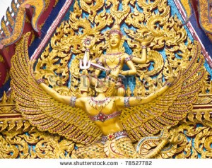 garuda-statue-art-in-buddhist-temple-in-thailand-78527782