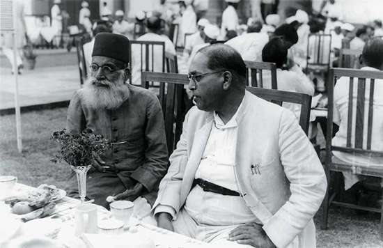 Hasrat Mohani with B.R. Ambedkar at Sardar Patel's reception in 1949