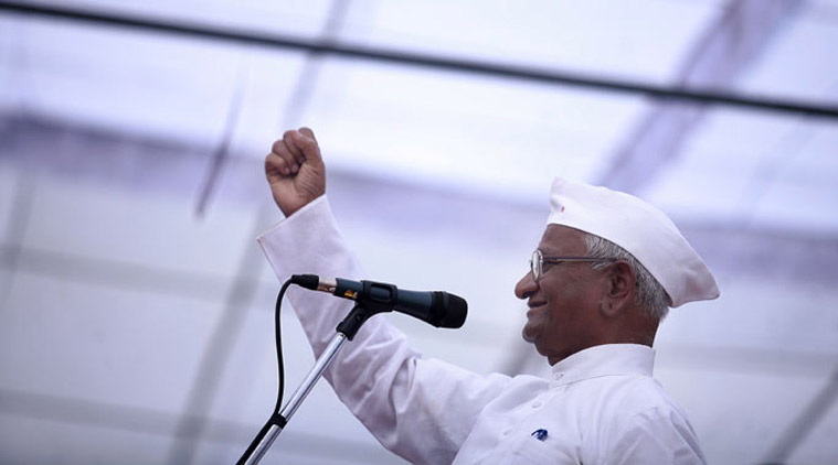Hazare postpones stir against land bill