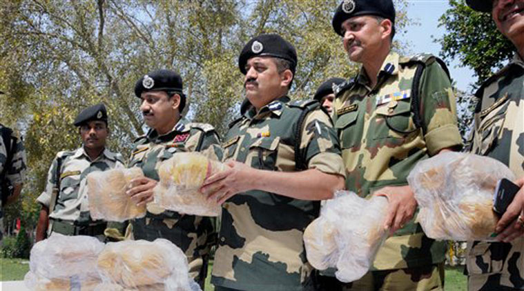 Pakistani smuggler killed by BSF, heroin worth Rs 120 crore seized