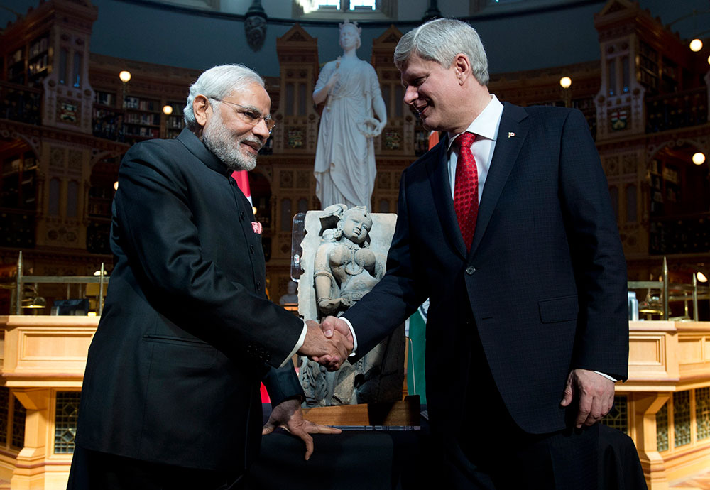 Stephen Harper returns India's lost 'Parrot Lady' sculpture to Modi