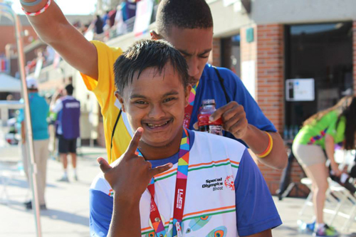 anayatan-rajkumar-of-aassam_-winner-of-gold-medal-25-m-breaststroke.