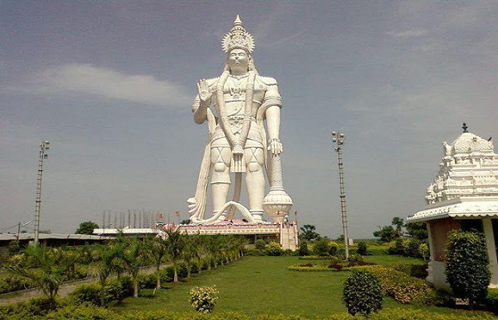 13-Tallest-Statues-In-India-You-Must-See-12