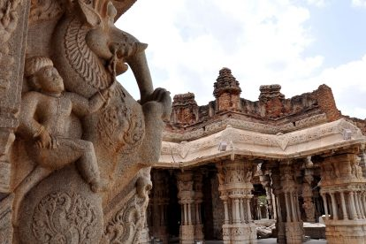hampi-carvings-vittala-temple