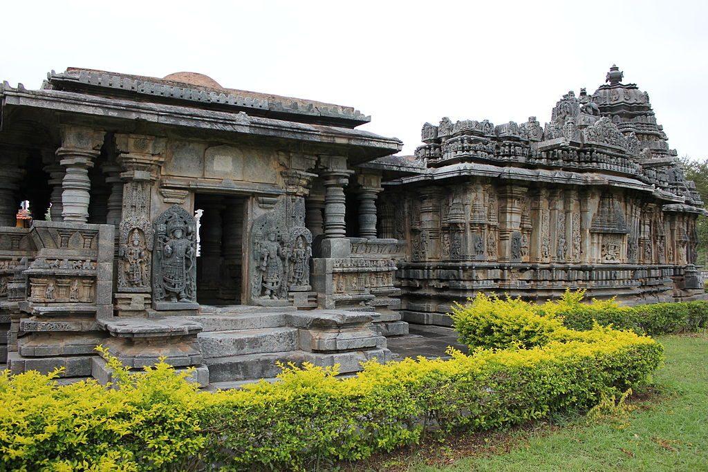A_profile_of_Bucesvara_temple_at_Koravangala_2